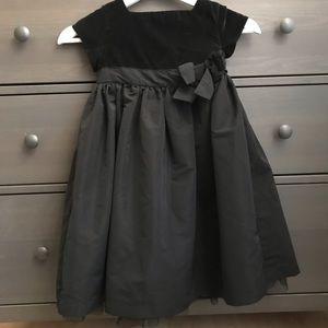 BabyGAP elegant fall/winter dress for a girl
